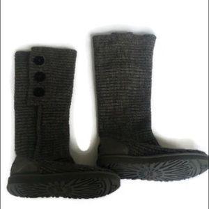 Ugg grey Cardy knit boots sz 10